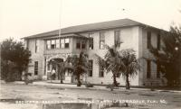 Fort Lauderdale, 1915, using converted school