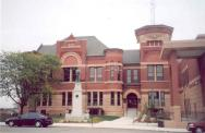 *Albert Lea, Built 1888 courthouse, Restored in 2006