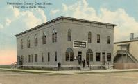 Thief River Falls,  1910 converted town hall